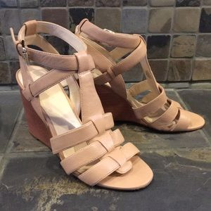 Nine West Wedge Sandals Size 9